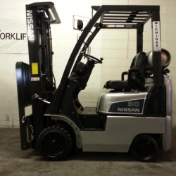 forklift-nissan-3000-cushion-tire-lp
