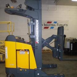 Forklift-Jungheinrich-Stand-Up-Reach-4000